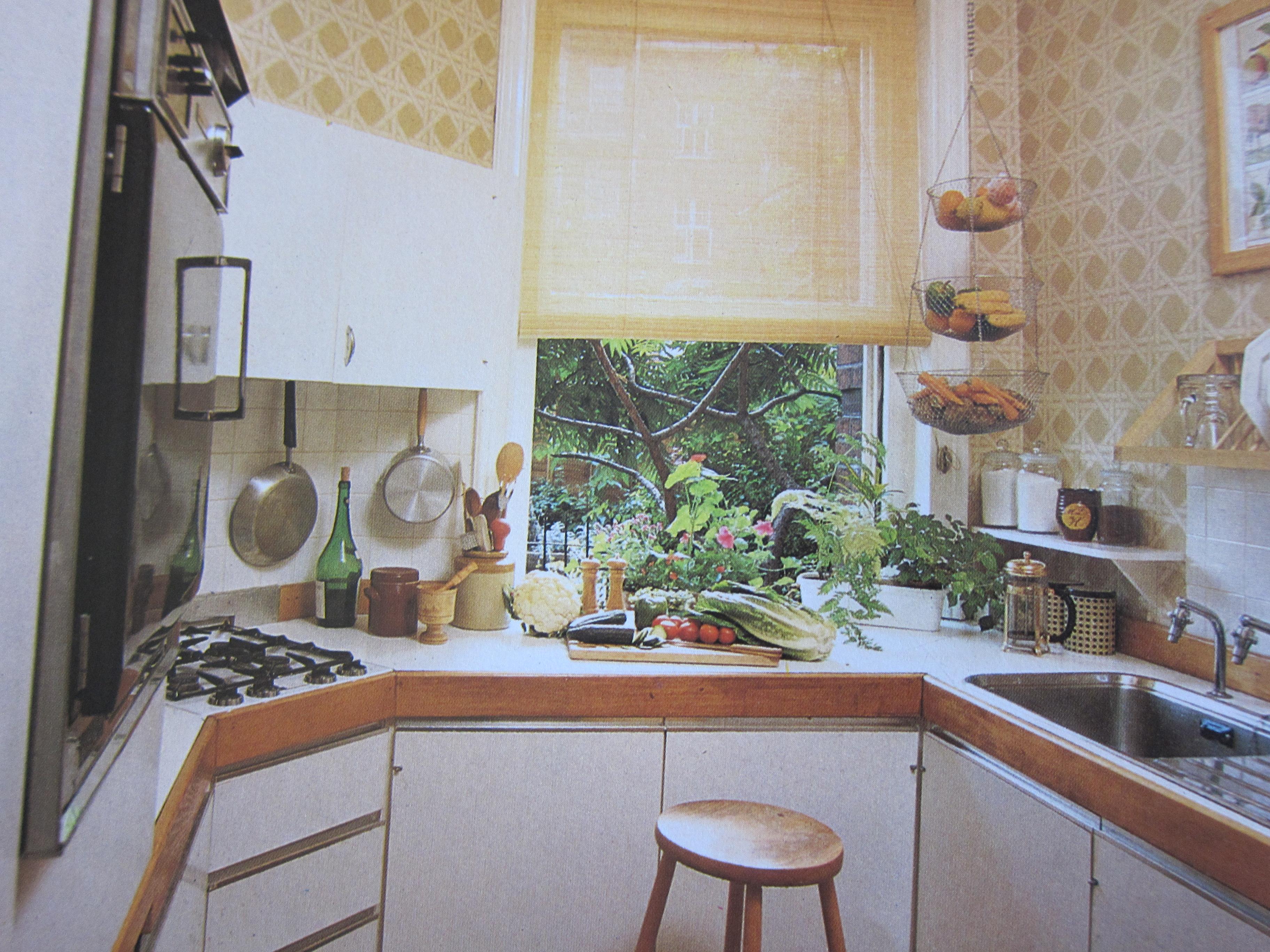 1980s Kitchen