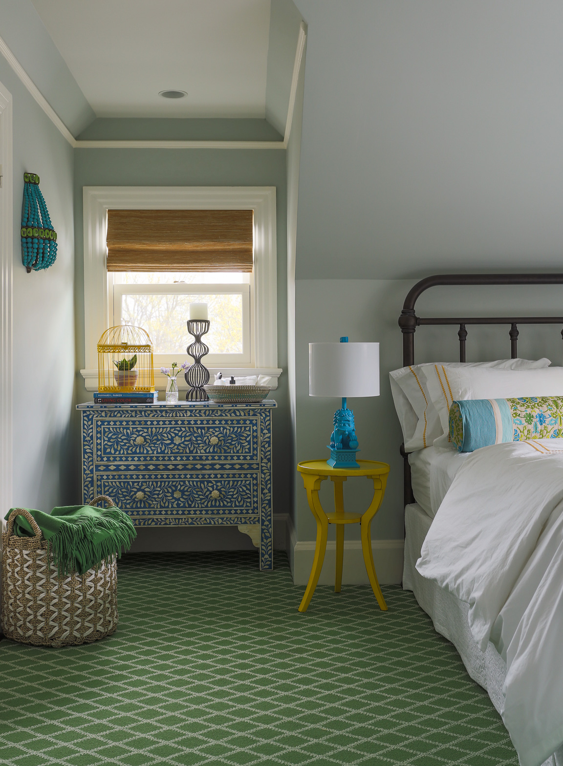 Room Reveal: My Colorful, Airy + Bright Guest Suite | Interiors for Families | Kelly Rogers Interiors