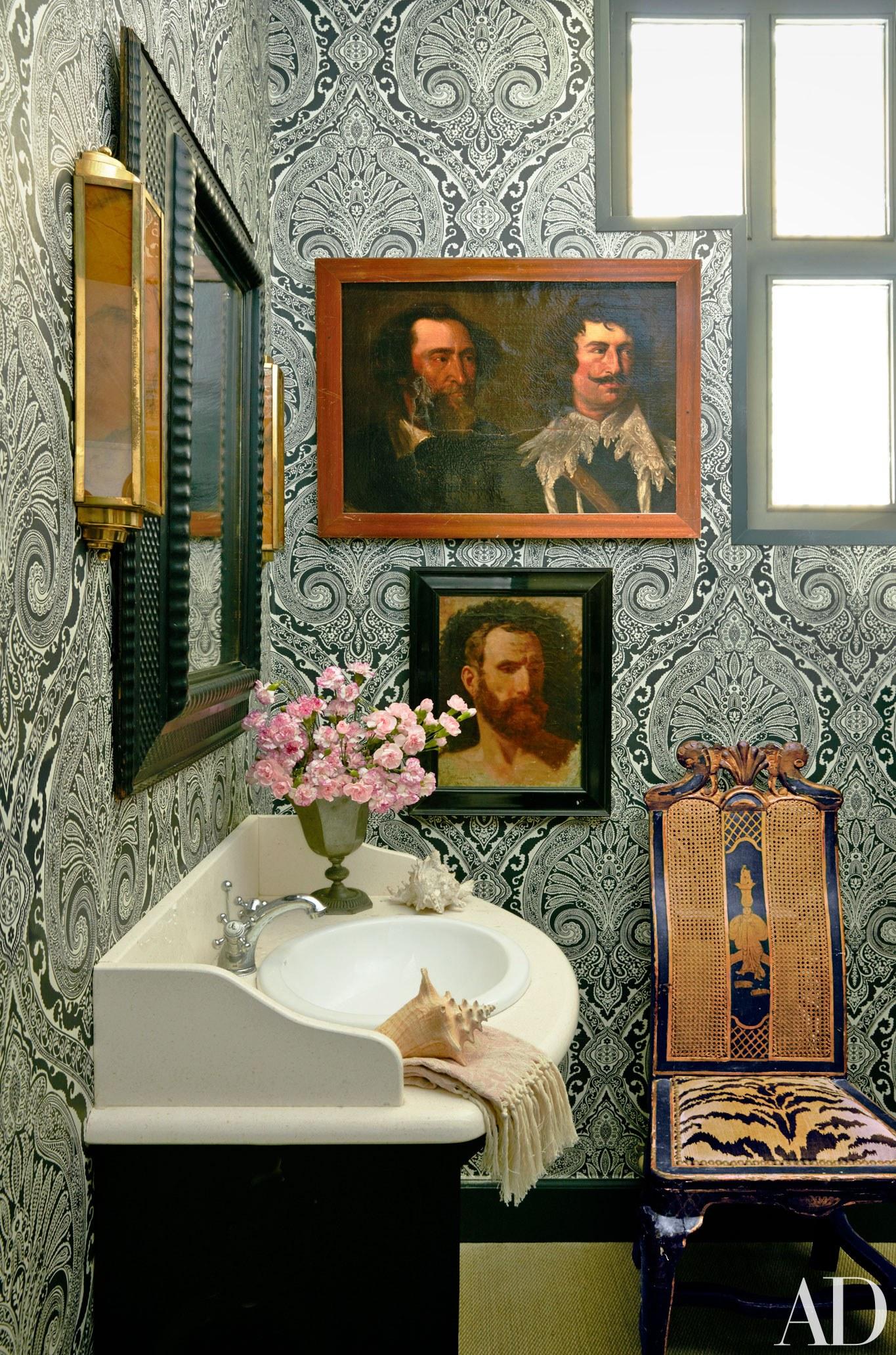 Lorenzo Castillo | The Allure of Antique Portraits | Interiors for Families